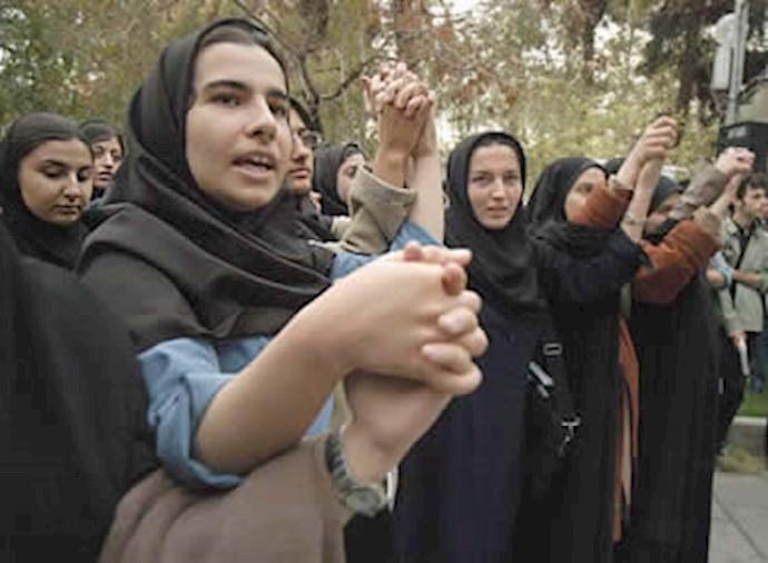 اعتراض دانشجویان - آرشیو