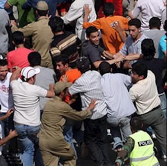 درگیری جوانان، با نیروهای سرکوبگر انتظامی