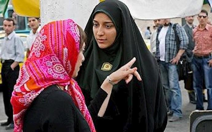 سرکوب زنان توسط رژیم آخوندی