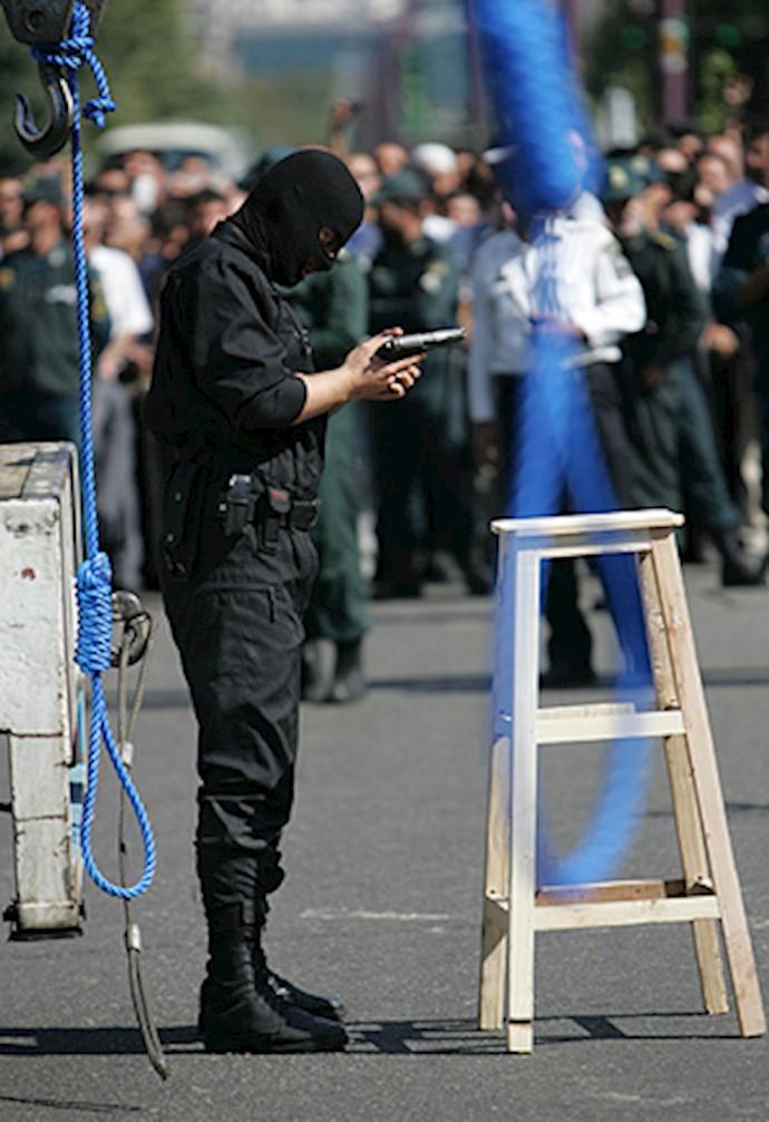 اعدام در ایران تحت حاکمیت آخوندهای جنایتکار