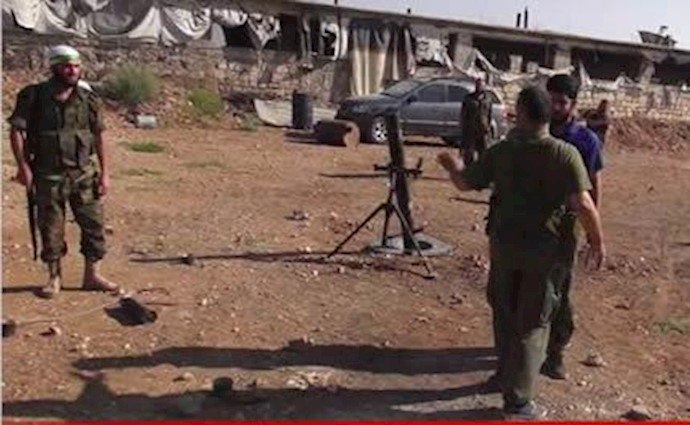 فرمانده سپاه نیروی شبیحه بشار اسد را آموزش می دهد