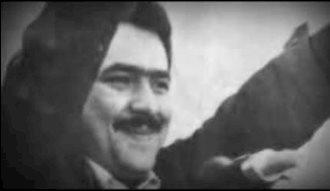 آزادی مسعود رجوی از زندان شاه - فیلمی از ۳۰ دی ماه ۱۳۵۷ - تهران مقابل زندان قصر