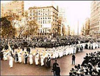 بزرگترین تظاهرات زنان در آمریکا