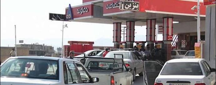 صف خودروها در پمپ بنزین