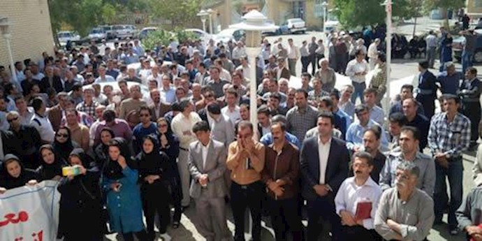 تجمع معلمان آزاده در کرمانشاه
