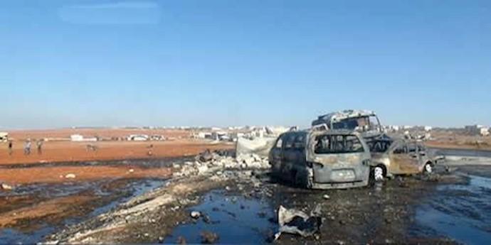 بمباران بازاری در حومه ادلب توسط جنگندههای روسیه