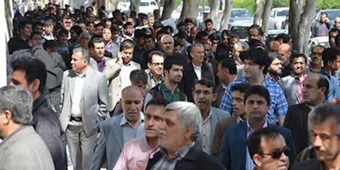 تجمع مردمی در بوشهر - آرشیو