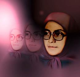 سمبل زن انقلابی مجاهد اشرف رجوی