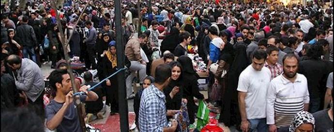 دستفروشان در بازار تهران  - آرشیو