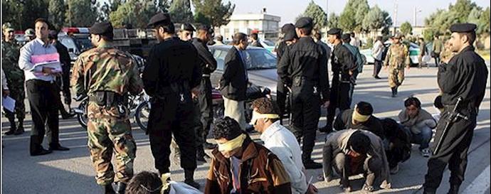 دستگیری جوانان
