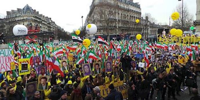 تظاهرات نه به روحانی در پاریس 54