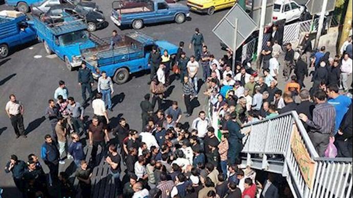 قرق میدان شوش در تهران در وحشت از تجمع اعتراضی اوراقچی ها