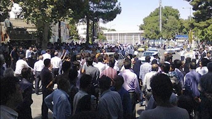 تجمع کارگران مجتمع نیشکر هفتتپه - آرشیو