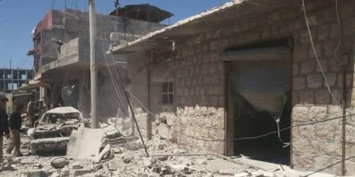 ارتكب النظام اليوم الثلاثاء مجزرتين مروعتين  إثر استهدافه لسوقين شعبيين في ريف إدلب الجنوبي راح ضحيتهم عشرات المدنيين بين قتيل و جريح.