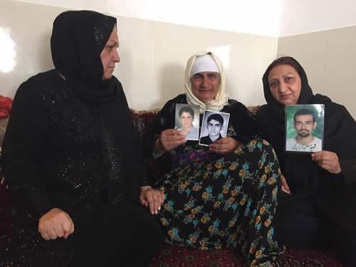 دیدار شعله پاکروان با مادر شهرام احمدی