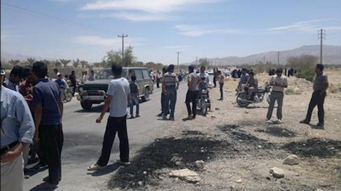 درگیری مردم در بندرعباس با نیروی سرکوبگر انتظامی - آرشیو