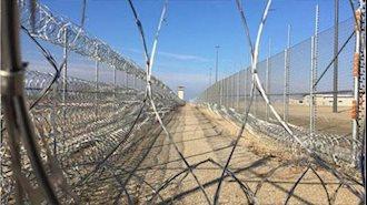 فشار به زندانیان