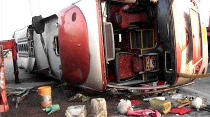 حادثه دلخراش تصادف اتوبوس حامل دانشآموزان دختر در جاده سوسنگرد