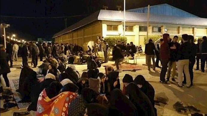 اعتصاب دانشجویان دانشگاه صنعت نفت آبادان