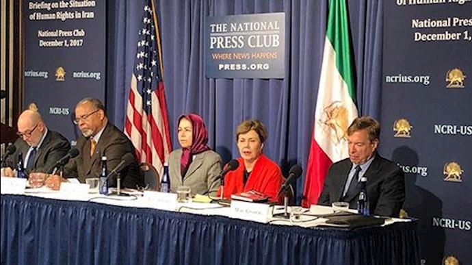 کنفرانس در کلوپ ملی مطبوعات آمریکا