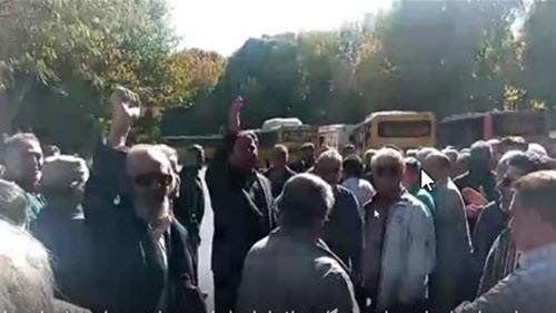 راهپیمایی اعتراضی بازنشستگان فولاد اصفهان
