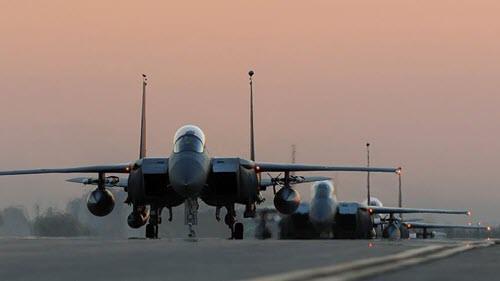 ضربات هوایی ائتلاف عربی علیه شبهنظامیان حوثی