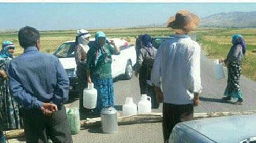 اعتراض ساکنان روستای بودجه سفلی اصلاندوز بدلیل نبود آب آشامیدنی