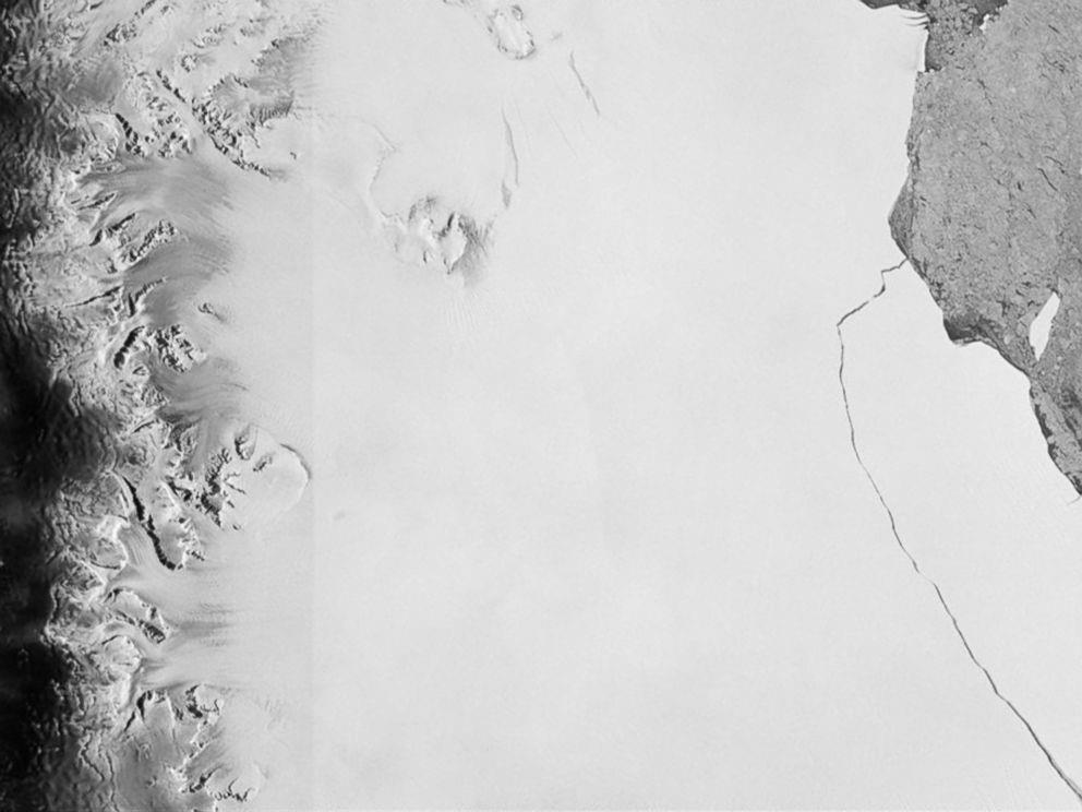 A section of an iceberg about 6,000 sq km broke away as part of the natural cycle of iceberg calving off the Larsen-C ice shelf in Antarctica in this satellite image released by the European Space Agency, July 12, 2017.