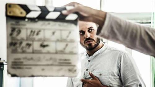 علی خامنهای و الگوی یک فیلم وسترن قرون وسطایی