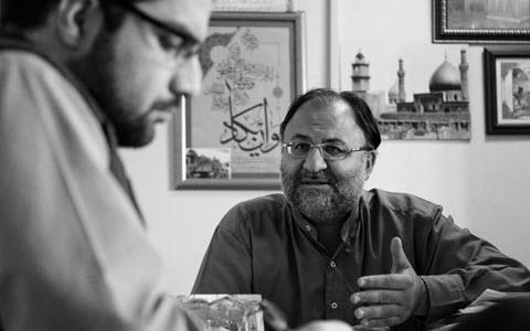 Mohammad Sadegh Kushki, an expert on political and international issues from the Khamenei bands