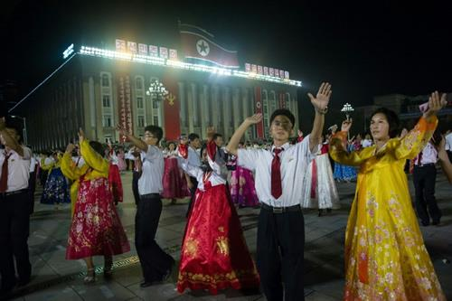 N. Korean people are dancing to their victory of launching an ICBM missile
