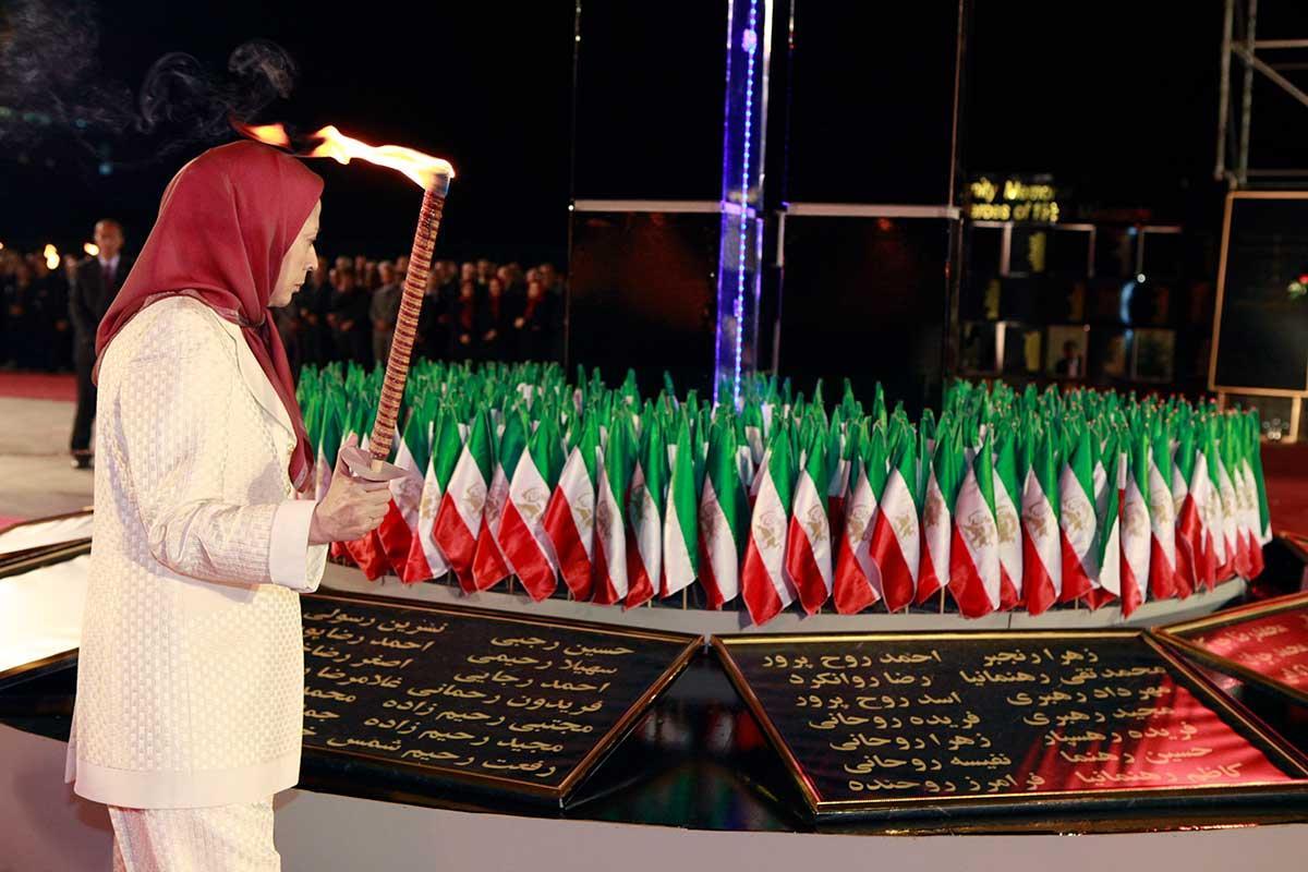 مراسم بیستونهمین سالگرد قتلعام زندانیان سیاسی و نخستین سالگرد جنبش دادخواهی شهیدان قتلعام