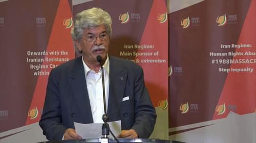 سناتورآنتونیو راتزی، با مقاومت ایران، تغییر رژیم در دسترس است