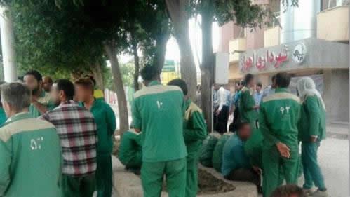 تجمع اعتراضی کارگران شهرداری اهواز