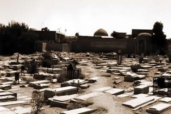 نمايی از موقعيت گورستان تخت فولاد اصفهان