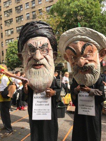 تظاهرات ایرانیان آزاده و اشرفنشانها علیه حضور آخوند روحانی در نیویورک