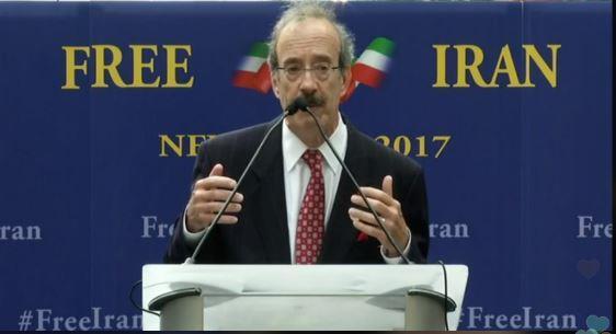 تظاهرات ایرانیان آزاده و اشرفنشانها علیه حضور آخوند روحانی در نیویورک؛ سخنرانی الیوت انگل