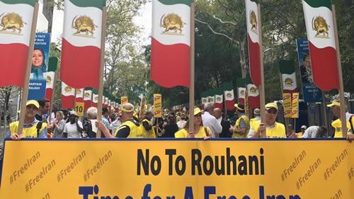 تظاهرات ایرانیان آزاده و اشرف-نشانها علیه حضور آخوند روحانی در نیویورک