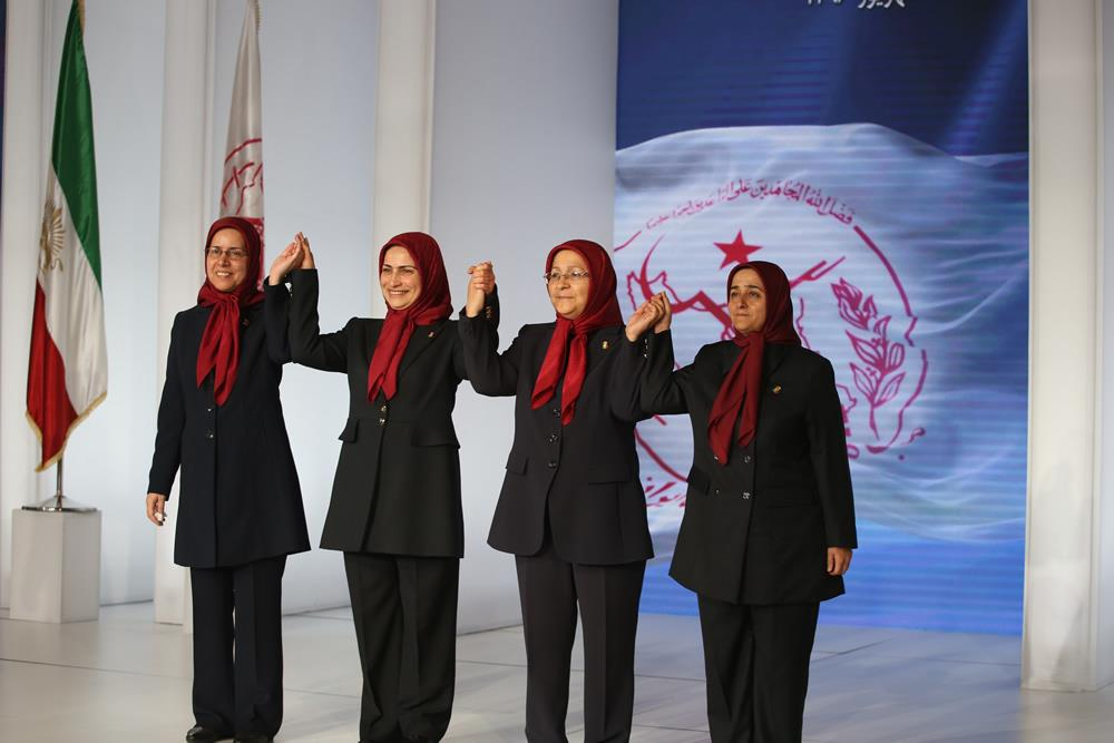 خواهران مجاهد مینا رضایی، مهناز کرمی، زهرا مريخی و بدری پورطباخ