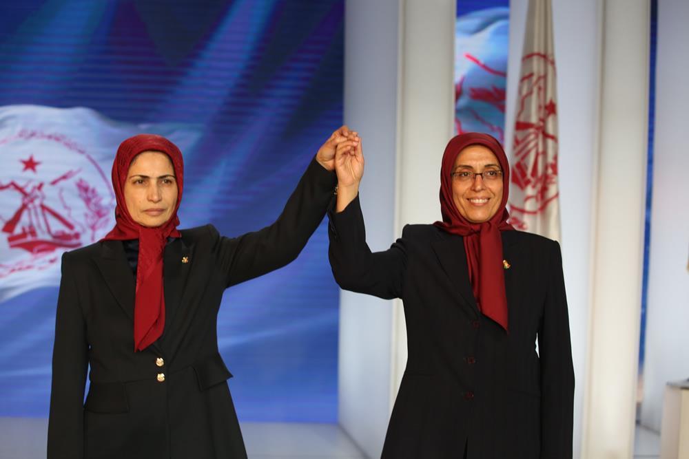 خواهران مجاهد زهره اخیانی و زهرا مریخی