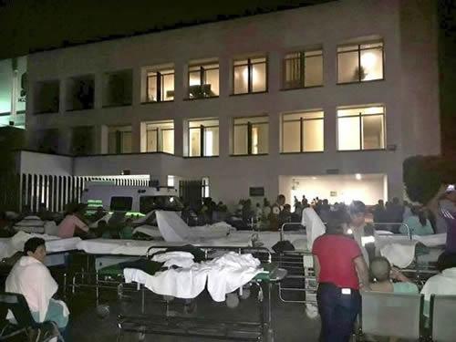 Hospital patients in Villahermosa were taken outside