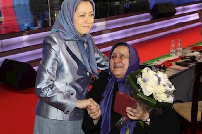 تقدیر مریم رجوی از مهناز بزازی، از فرماندهان ارتش آزادیبخش ملی ایران