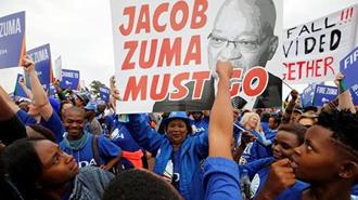 تظاهرات برای برکناری رئیس جمهورآفریقای جنوبی