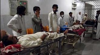 مجروحین تحت درمان یک حادثه تروریستی در پیشاور پاکستان در روز ۲تیر