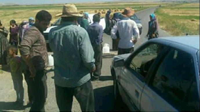 اعتراض شدید ساکنان روستای بودجه سفلی اصلاندوز بدلیل نبود آب آشامیدنی