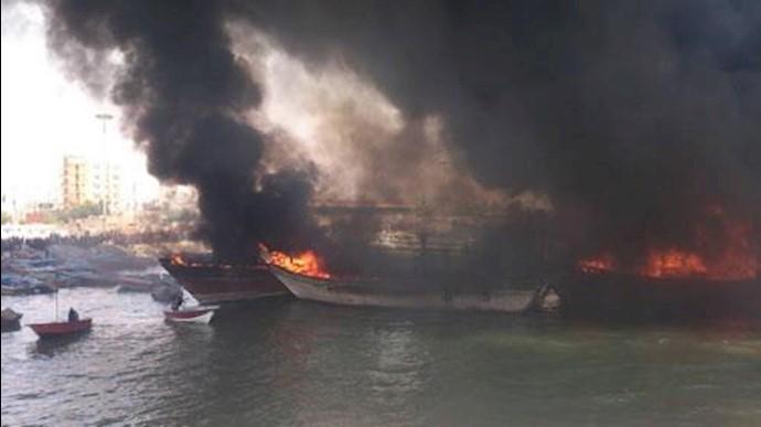 آتش سوزی در اسکله کنگان  بوشهر