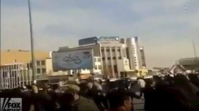 گزارش فاکس نیوز از تماس با هواداران مجاهدین و قیامکنندگان در داخل ایران