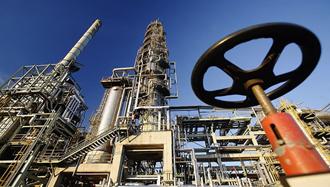 افت صادرات نفت ایران به زیر یک میلیون بشکه