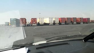 خروجی اسکله بندرعباس - اعتصاب رانندگان کامیون ۱۷آبان ۹۷