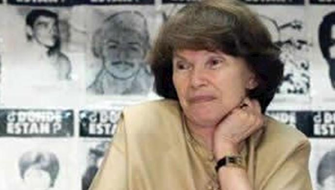 دانیل میتران ـ زنی در صدای جهان